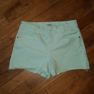 New mint shorts